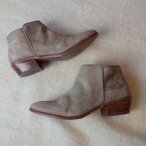 Sam Edelman petty bootie ankle boots 8
